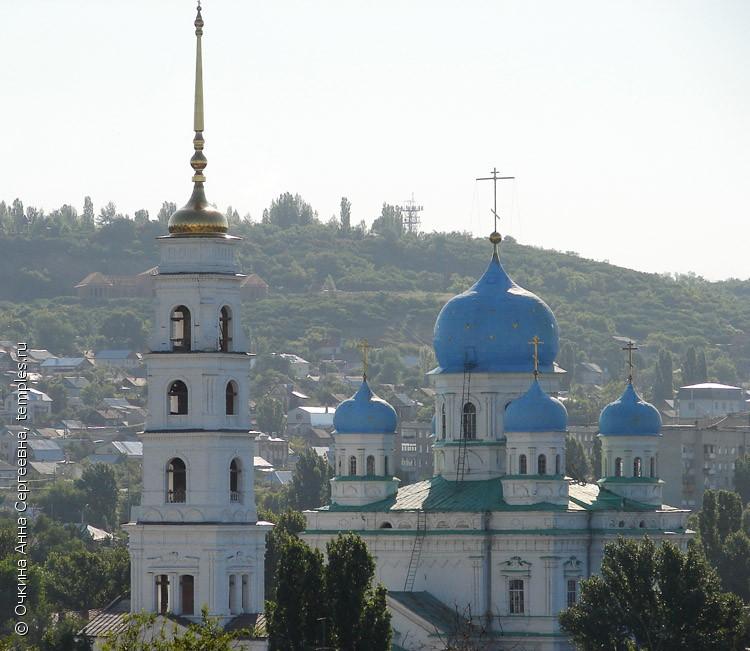 Покровская церковь в городе саратов