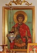 Храмовая икона в иконостасе церкви-часовни Георгия Победоносца на Ивантеевской улице в Москве.