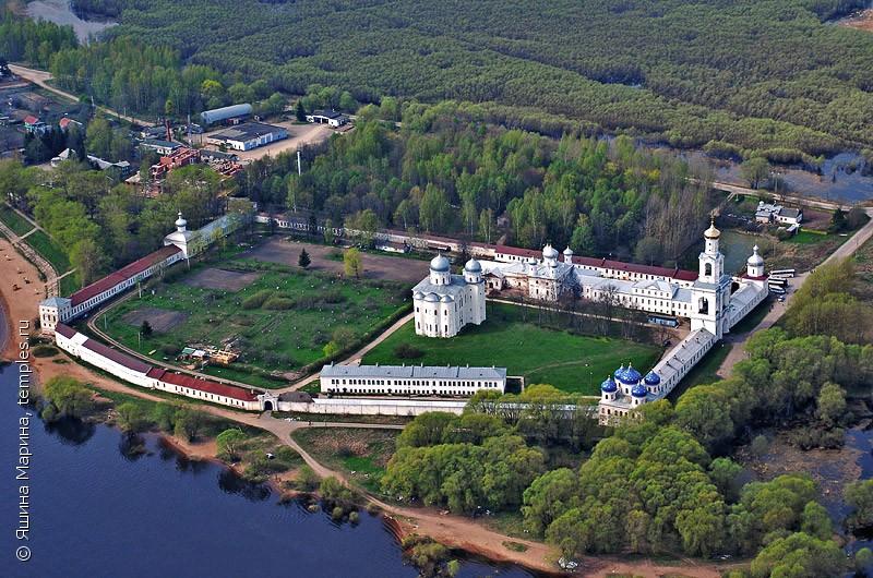 Великий Новгород. Юрьево. Юрьев монастырь. Фотография.