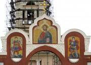 Завершение ворот в ограде Преображенской церкви в Канищево (Рязань).