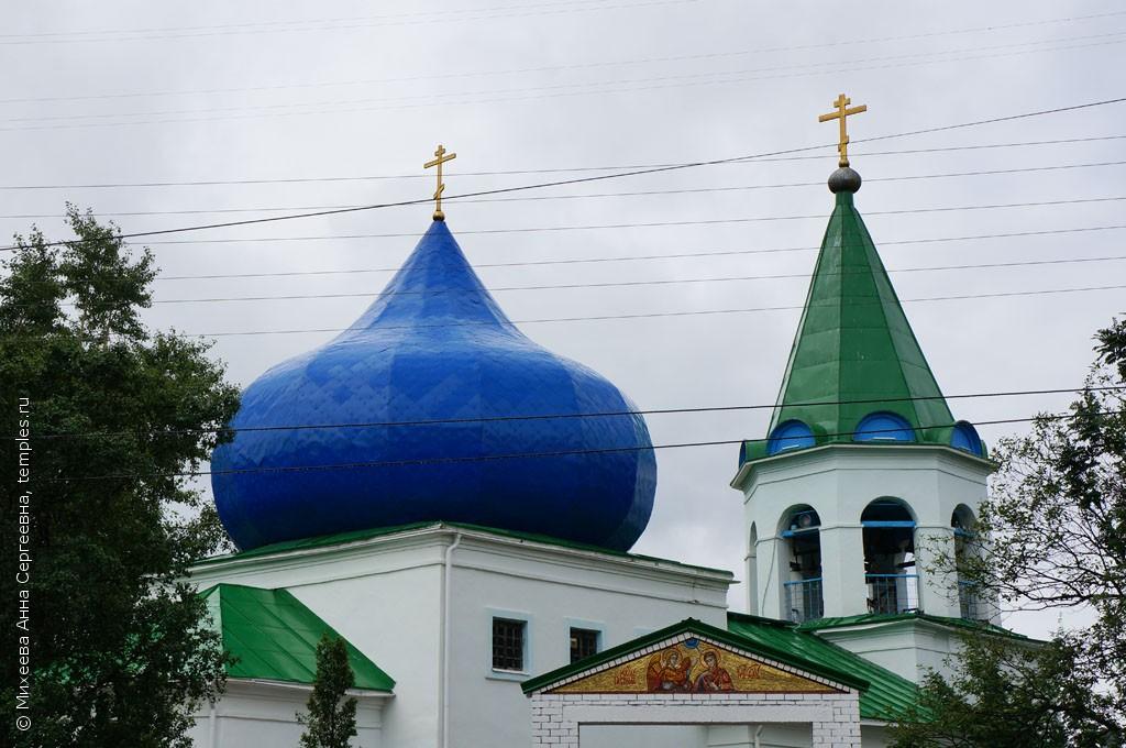 Завершение Благовещенского собора в городе Кола Мурманской области.  Вид с северной стороны.  20 июля 2013 года.