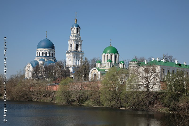 http://www.temples.ru/private/f000306/306_0050077b.jpg