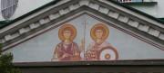 Роспись во фронтоне северного портика церкви иконы Божией Матери Казанская в Великих Луках Псковской области.
