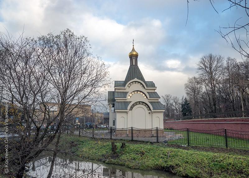 Санкт-Петербург. Красненькое кладбище ...: temples.ru/show_picture.php?pictureid=130931